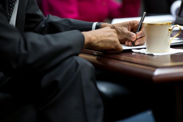 奥巴马颁布行政命令:严厉制裁海外黑客,可先斩后奏