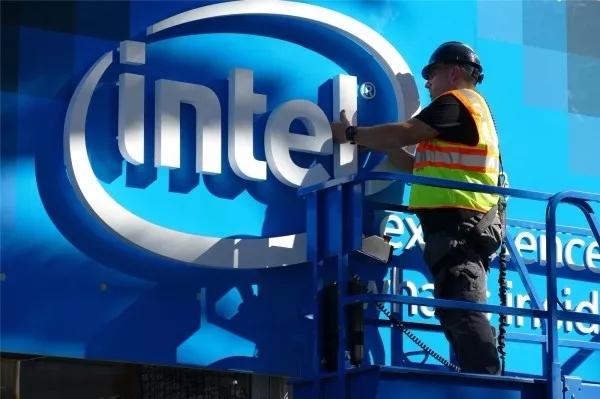 一周移动安全热闻:Intel芯片漏洞危及全球手机安全