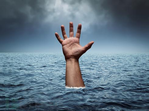 08-drown.jpeg