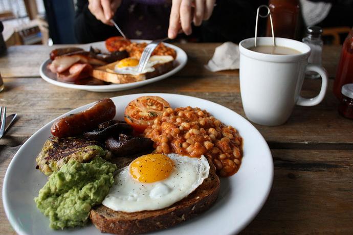 1024px-Pavilion_cafe_breakfast.jpg