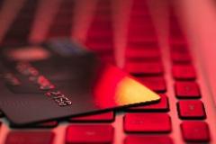 暗网非法数据交易是隐私信息安全的重大威胁