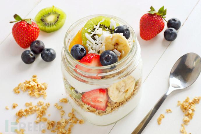 tropical-fruit-breakfast-parfaits-7.jpg