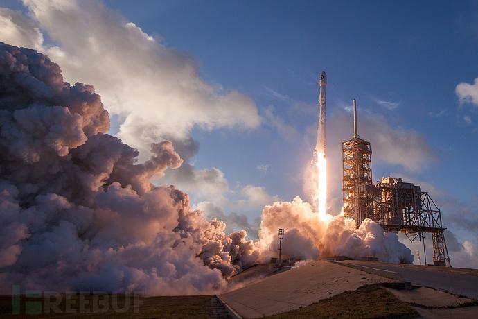 探究卫星有关的安全问题