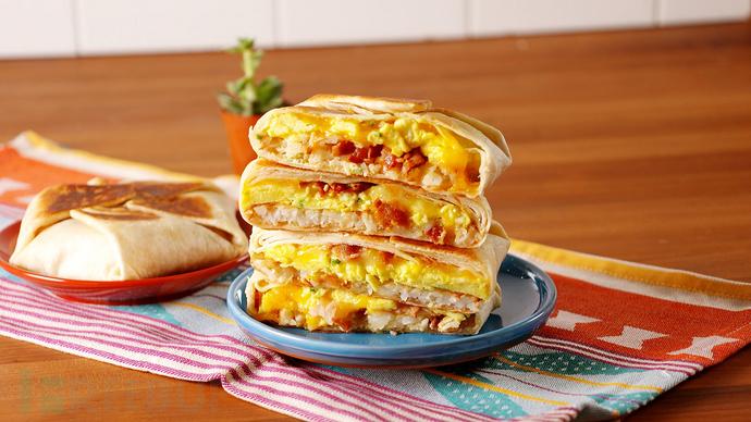 1492181150-delish-breakfast-crunchwrap-supreme-2.jpg
